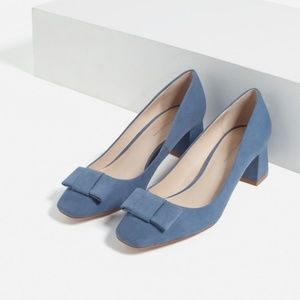 Zara Size 7.5 Blue Bow Faux Suede Pumps